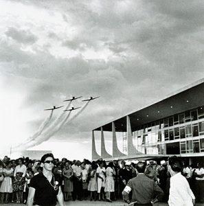 A capital do Brasil comemora 61 anos